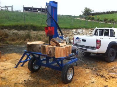 towed woodsplitter400