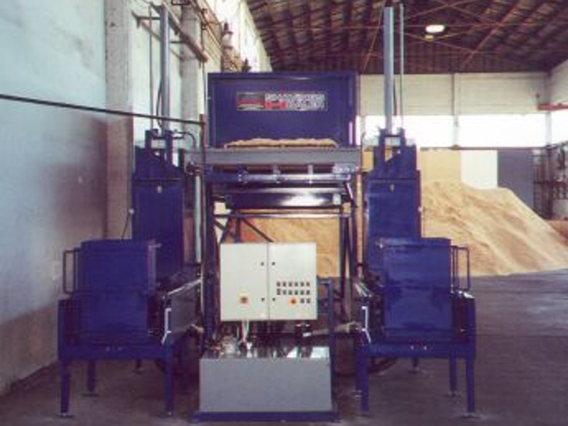 wood chip baler